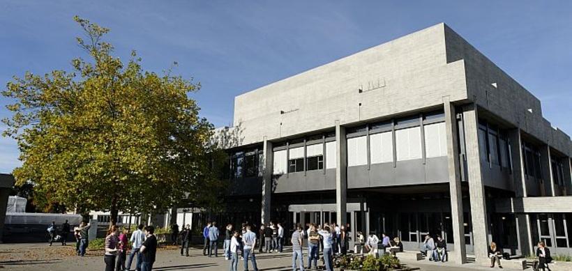 universitaet st gallen 248036 2 - Betriebswirtschaftslehre und Wirtschaftsschulen